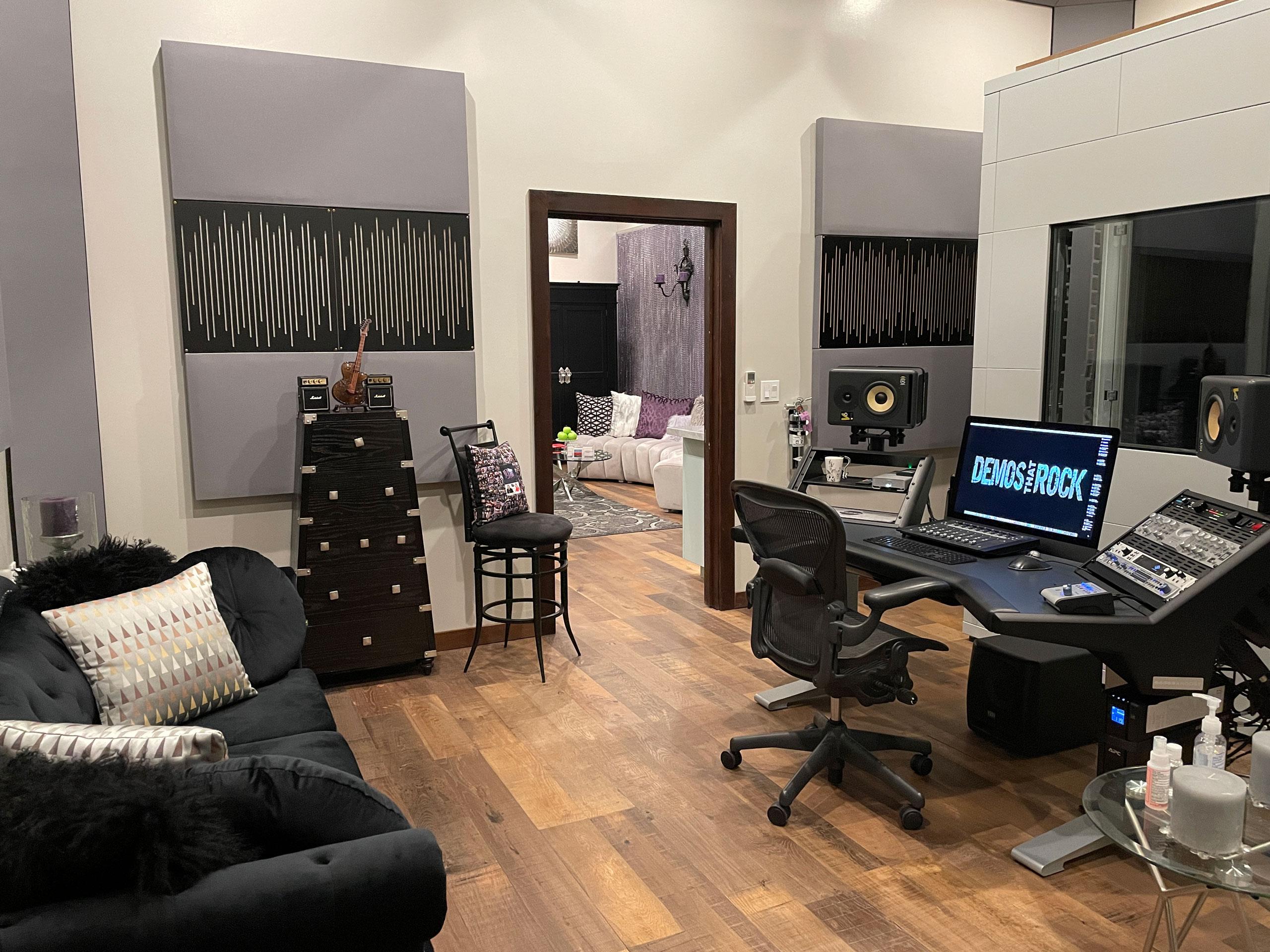 Demos That Rock Studio